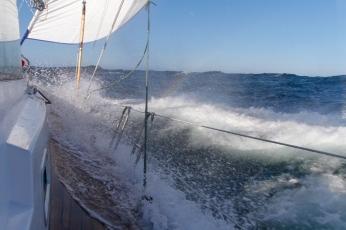 234 2014.06.12 Hecate Strait